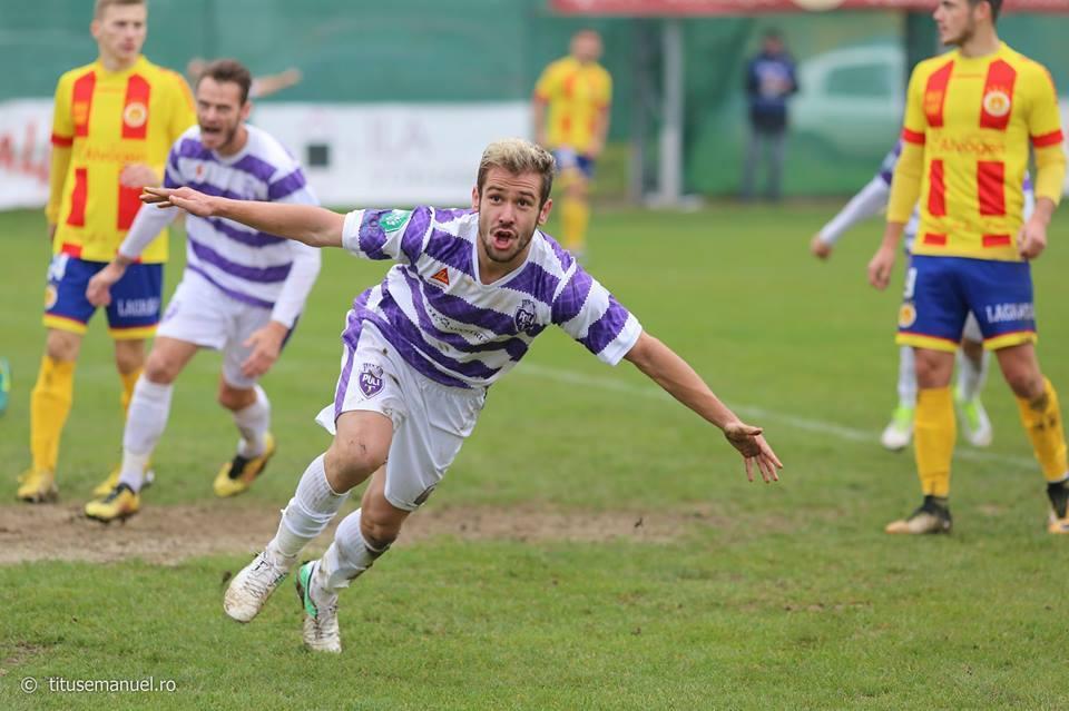Raul Krausz are toate motivele să jubileze. La 18 noiembrie, a marcat golul al doilea al Politehnicii în victoria din Ciarda Roșie, cu Ripensia.